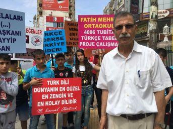 Öğrencilerden Türkçe Tabelalı Esnafa Teşekkür, Yabancı Tabelalı Esnafa Uyarı