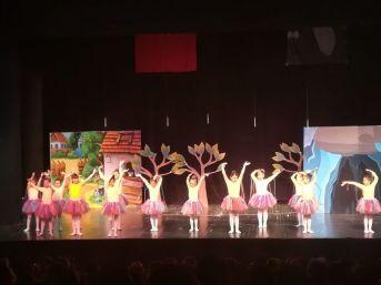 Drama Okulu Finali Gösteri İle Yaptı