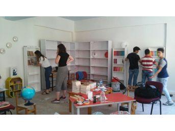 Bağlıağaç Okulu ''hayaller Kuruyoruz''la Kütüphanesine Kavuştu