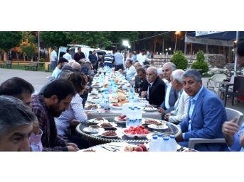 Türkav'ın İftarında Mhp Ve Kamu-sen Üyeleri Bir Araya Geldi