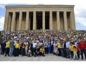 Mke Ankaragücü Kupasını Anıtkabir'e Götürdü