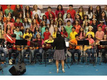 Müzik Gecesinde Ted Ankara Koleji Gençlik Senfoni Orkestrası Ve Koroları Konseri