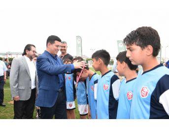 Kepez'in Yıldızları Futbol Turnuvası