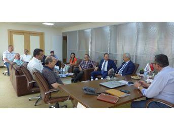 Kaymakam Aksoy'dan Kuşadası Ticaret Odası'na Ziyaret