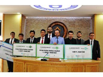 Sanal Borsa Yarışmasında Başarılı Olan Öğrenciler Rektörü Ziyaret Etti