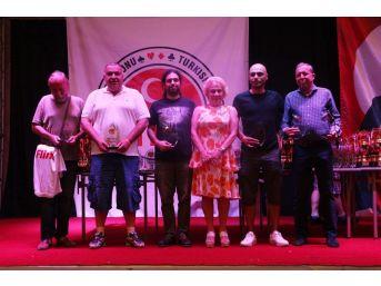 Türkiye Yaz Briç Şampiyonası Kuşadası'nda Devam Ediyor