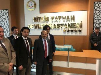 Vali Ustaoğlu'ndan Hastalara Ziyaret