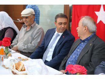 Burdur'da Şehit Aileleri Ve Gazilere İftar