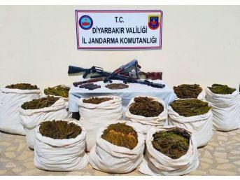 Şüpheli Şahsın İkametinde Silah Ve Uyuşturucu Ele Geçirildi