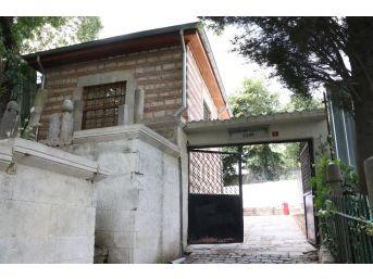 273 Yıllık Kaşgari Murtaza Efendi Camii İbadete Açıldı