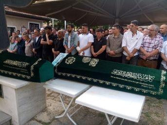 Ümraniye'de Hastane Önünde Öldürülen Çift Son Yolculuğuna Uğurlandı