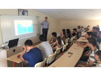 """Eğitim Danışmanı Alper Aksoy: """"robotlaşma Bazı Meslekleri Öldürecek"""""""