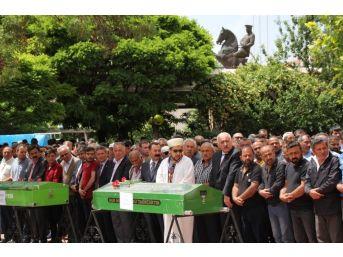 Kırşehir'li Bozlak Sanatçısı Altaş, Son Yolculuğuna Uğurlandı