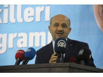 Başbakan Yardımcısı Işık'tan İnce'ye Yerli Otomobil Eleştirisi