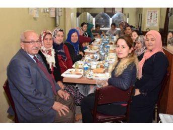Başkan Albayrak Sahurda Vatandaşlarla Bir Araya Geldi