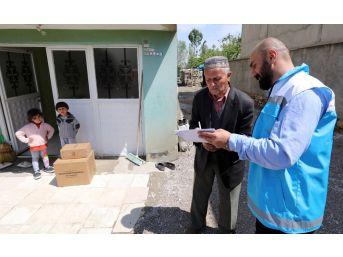 Van Büyükşehir Belediyesi, Selzedelere Yardımda Bulundu