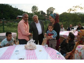 Devrek Belediyesi Sokak İftarlarının İlkini Hayata Geçirdi
