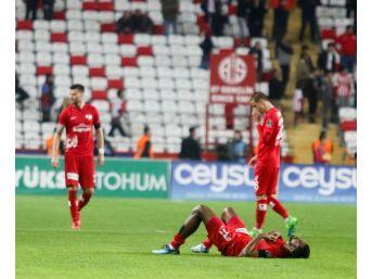 Antalyaspor, En Çok Kart Gören 4. Takım Oldu