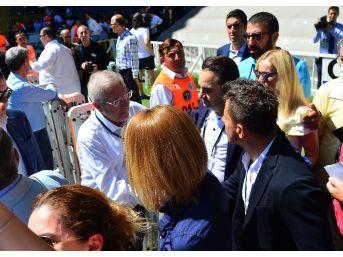 Emre Belözoğlu Oy Kullandı