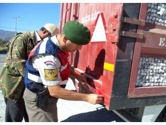Söke Jandarma'dan Tarım Araçlarına Güvenlik Çağrısı