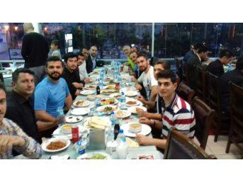 Van Trabzonsporlular Derneği Üyeleri İftarda Bir Araya Geldi