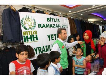 Hizan'daki Yetim Çocuklara Bayramlık Kıyafet
