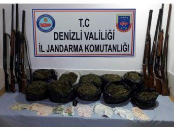 Denizli'de Jandarma 1 Yıllık Operasyon Raporunu Açıkladı