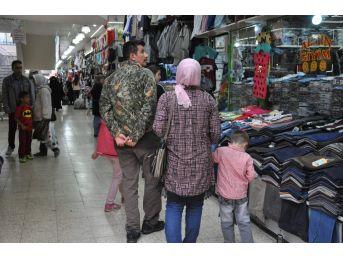 Kadınlar Alışverişte Haklarını Daha Çok Savunuyor