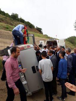 Şemdinli'de Trafik Kazası: 4 Yaralı