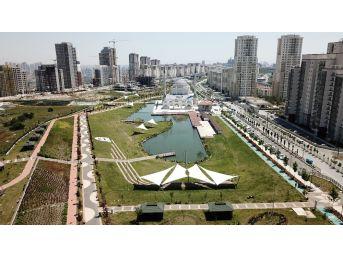 Bahçeşehir'e İkinci Gölet: Hayatpark