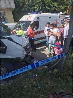 (özel) İstanbul'da Kontrolden Çıkan Minibüs Genç Kızı Ezdi