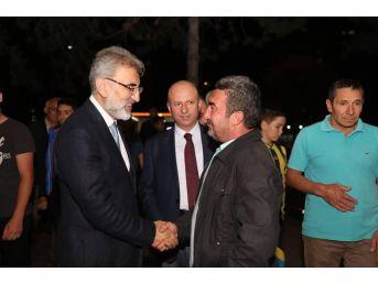 Başkan Çolakbayrakdar Gece Gündüz Sahada