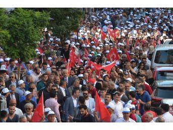 Kırıkkale'de 5 Bin Kişi Miting Alanına Yürüdü
