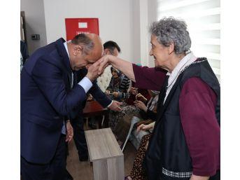 Başbakan Yardımcısı Işık, Huzurevini Ziyaret Etti