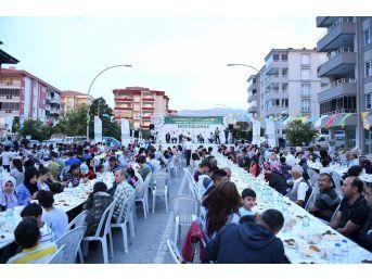Yeşilyurt Belediyesi İftarda 6 Bin Kişiyi Ağırladı