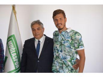 Fenerbahçeli Salih Uçan Muğlaspor'u Ziyaret Etti