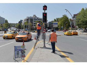 Başkent'teki Sinyalizelere 24 Saat Gözetim