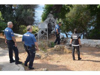 Antalya'da Metruk Yapılara Polis Baskını