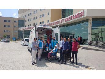 Tatvan'da Hastalar Hasta Nakil Araçlarıyla Oy Kullanımına Götürüldü