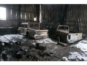 Nakliye Deposunda Çıkan Yangın 2 Kamyoneti Kül Etti