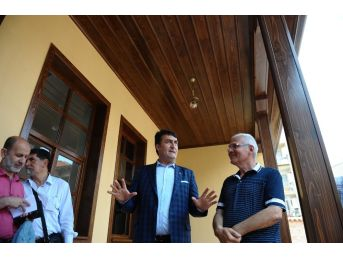 Millet Kıraathanesi Bursa'da Açılıyor