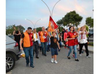 Biga'da Galatasaray 21. Şampiyonluğunu Kutladı
