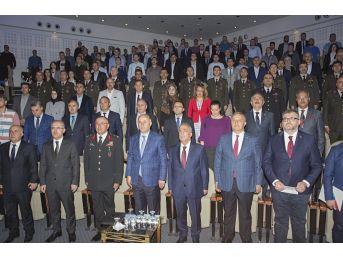 """""""doğu Anadolu'da Uluslararası Göç"""" Atatürk Üniversitesi'nde Masaya Yatırıldı"""