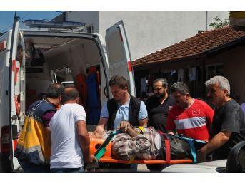 Yenice'de İnşaatta Onarım Yapan İşçi Düşerek Yaralandı