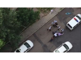 Sopalı Kavgayı Polis Ayırdı