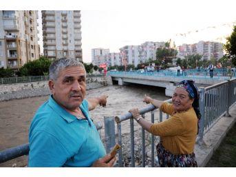 Şiddetli Sağanak Sel Sularına Dönüştü