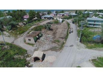 Tuşba'da Parkı Olmayan Mahalle Kalmıyor