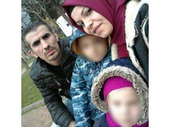 Eşyalarını Almaya Gelen Karısını 5 Yerinden Bıçaklayıp Kaçtı