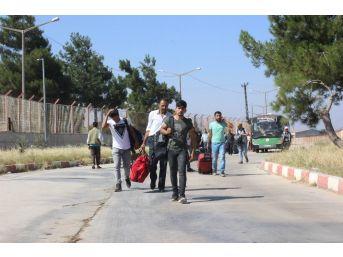 'ülkenize Dönün' Diyen Esad Rejimine Suriyelilerden Tepki