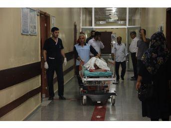 Sınırda Bilinmeyen Bir Cisim Patladı, Anne İle 2 Çocuğu Yaralandı
